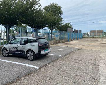 Na prenájom – vyhradené parkovacie státie v objekte s rampou
