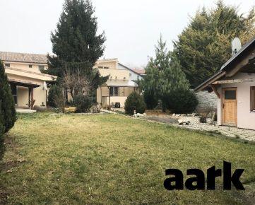 AARK: Rodinný dom s tromi bytovými jednotkami, Kukučínova