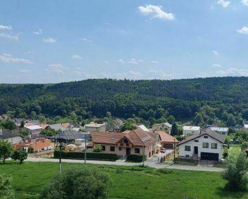 Prenájom- priestranný, 4-izb. byt, 97 m2, LODŽIA, Košice - mestská časť Sídlisko KVP, Denešova