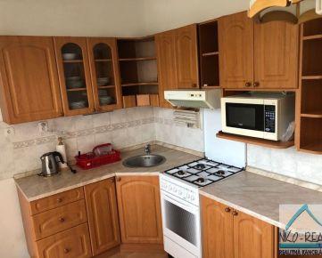 Predaj 2-izbového bytu po čiastočnej rekonštrukcii s garážou, ul. Muškátova, Pezinok