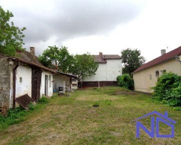 Ponúkame na predaj RD, Stupava, 170 m2 úžitkovej plochy + podpivničenie, 959 m2 pozemok