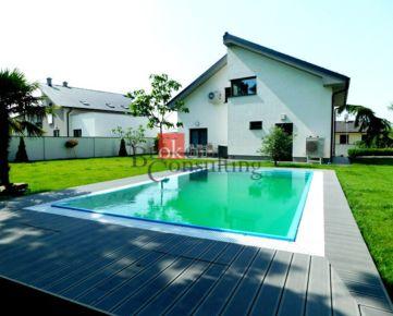 4 izbový rodinný dom Rovinka na predaj, samostatne stojaci 4 izbový dom s bazénom