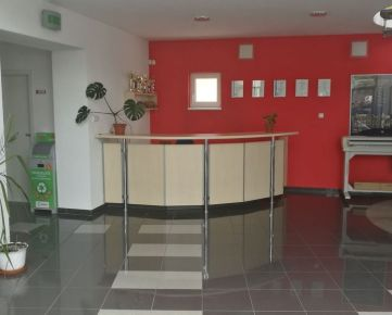 Na prenájom kancelárie od 15 - 85 m2 v Prešove