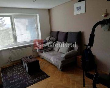 Na predaj prerobený 2 izbový Byt v Sučanoch o rozlohe 62m2
