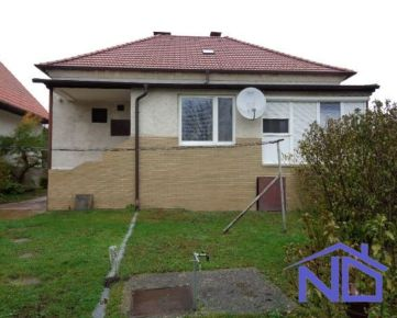 Predaj RD 3 +1 izb., úžitková plocha - 100 m2, pozemok 2773 m2, Veľké Leváre