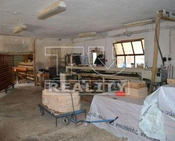Na predaj výrobná hala 475m2 s pozemkom 4743m3 v obci Brodzany. CENA: 180 000,00 EUR