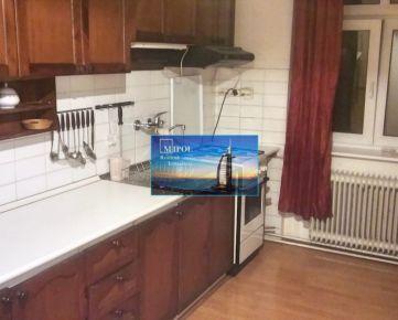 Prenajmeme 4-izbový byt, BA - I., 225 Eur / osoba, internet