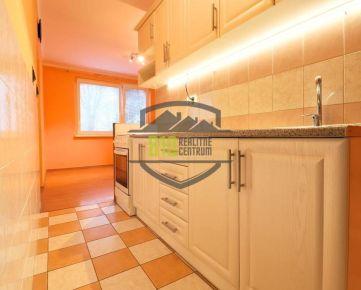 ONLINE OBHLIADKA: Znížená cena! Bývanie/ Investícia - Svetlý 2 izb. byt - TOP lokalita v Trenčíne