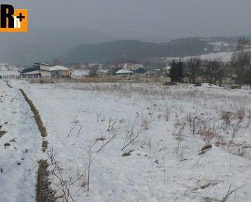 Turie 858m2 na predaj pozemok pre bývanie - exkluzívne v Rh+