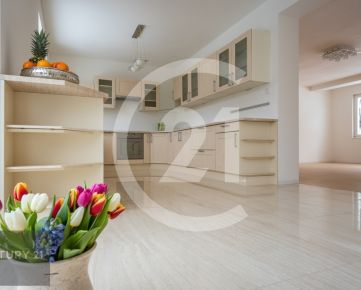 CENTURY 21 Realitné Centrum ponúka -Luxusný RD pre náročného klienta