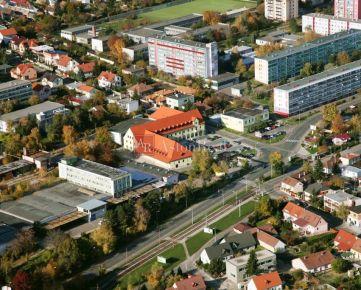 Hľadám pre nášho klienta 2-izbový byt Bratislava - Rača