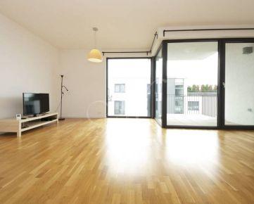 Nadštandardný 3i byt s terasou vo vyhľadávanej lokalite