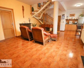 Na predaj 7 izbový rodinný dom v tichej časti obce Dolné Lovčice