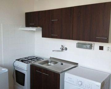 Na predaj 1- izbový byt Nitra- Chrenová