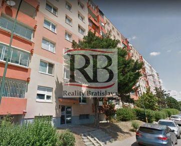 Na predaj 3 izbový byt na Slatinskej ulici vo Vrakuni