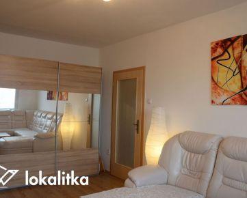 Príjemný 2-izbový byt (2 samostatné izby), Námestie Hraničiarov, Petržalka