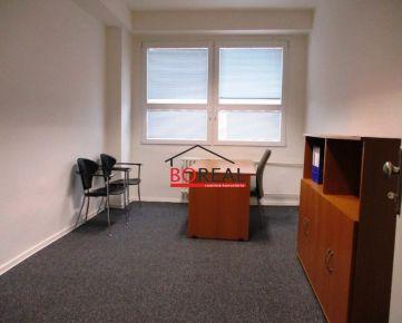 ** RK BOREAL ** Kancelárie (15 m2) v Ružinove na prenájom, Sabinovská ul. - BA II.