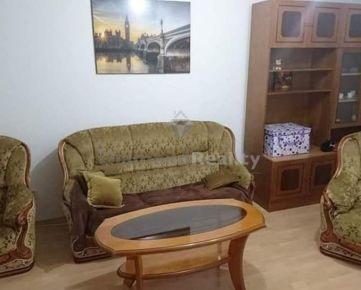 Na prenájom zariadený 3 izbový byt s balkónom, ulica Tehelná, Trnava.