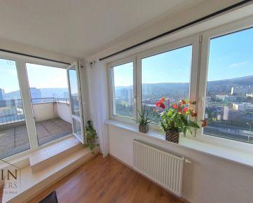 Prémiový byt s panoramatickým výhľadom - 4 izby 137 m2 a terasa 24 m2, objekt RUSTICA - Dúbravka