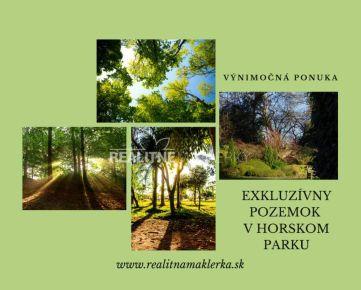Exkluzívny pozemok v Horskom parku so starším rodinným domom