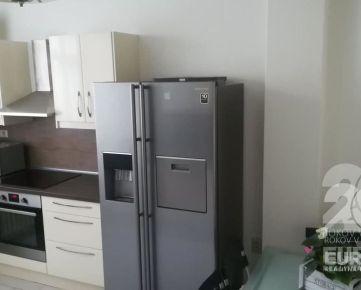 PRENÁJOM – 2,5 izb. byt, Bezručová ul., klíma, komplet zariadený, centrum mesta