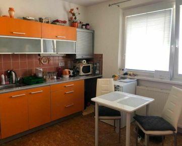 Ponúkame priestranný 1-izbový byt na prenájom vo veľmi dobrej lokalite, Prešov, Sekčov, ul. Magurská