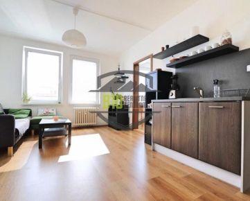 MOŽNOSŤ VIDEOOBHLIADKY - EXKLUZIVNE 3 izbový byt s úžasným výhľadom na mesto