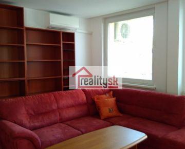 2 izbový byt s klimatizáciou po rekonštrukcii na prenájom