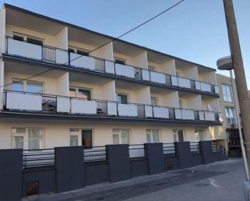 Zrekonštruovaná Ubytovňa v centre mesta Senica za skvelú cenu!