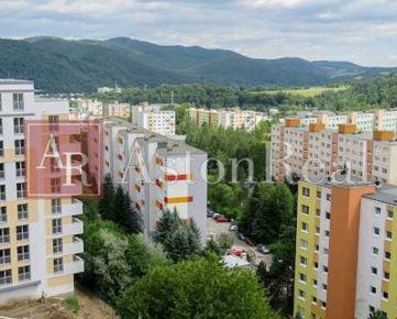 Predaj: Kompletne zrekonštruovaný 3 - izbový byt s LODŽIOU, Tulská