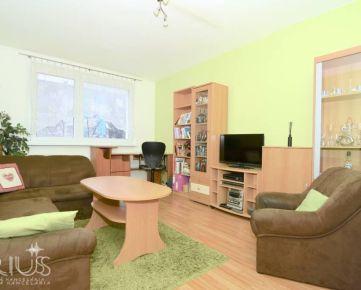 TOPLIANSKA, 2-i byt, 53 m2 – zateplený bytový dom,  zelená LOKALITA