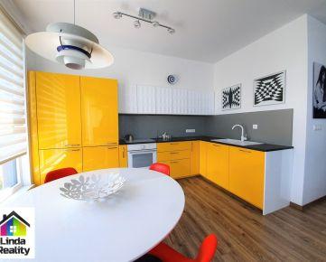 *NOVOSTAVBA* 3 izb. byt s dvoma loggiami a vyhradeným parkovaním
