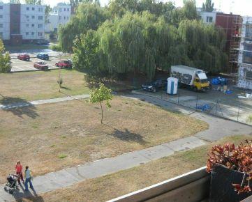 Kúpim 4-izbový byt v Trnave na Poštovej ulici.