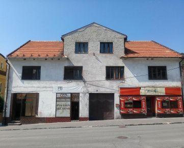 Ponúkame na predaj exkluzívne rodinný dom v Modrom Kameni v okrese Veľký Krtíš
