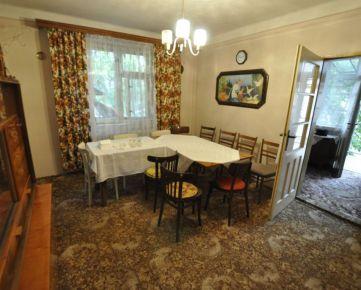 Ponúkam na predaj zachovalý rodinný dom v Dulovciach