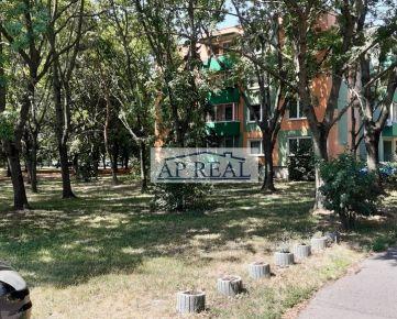 nájom 3i zariadený byt, Ondrejovova ul. Bratislava-Ružinov