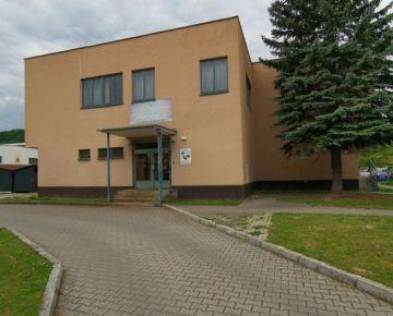 Predaj dvojpodlažnej budovy v Trenčíne