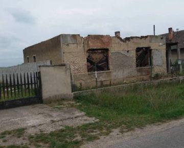 Dom na predaj - Bátorové Kosihy 489 - ZĽAVA - 8000, -- €