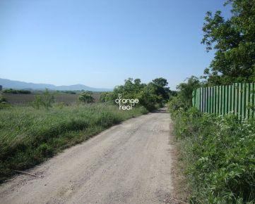 Ponúkame Vám na predaj pozemky - Predaj pozemku Rešov Majer, Krásna, Košice.