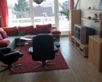 IMPREAL »»» Staré Mesto »» Priestranný 4 izbový byt s loggiou » 3 samostatné izby » bývanie pre 3-4 osoby » cena 990,- EUR ( English text inside )