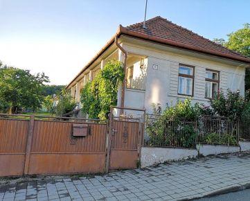REZERVOVANÝ-Na predaj starší rodinný dom, Košice - Lorinčík