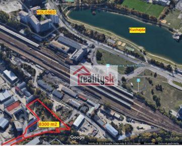 Stavebný pozemok 8 300 m2 na komerčné účely v lukratívnej lokalite mesta Bratislava