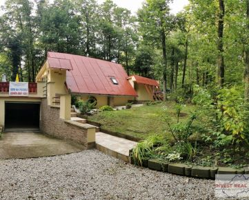 !!! REZERVOVANÉ!!! Ponúkame na predaj rekreačnú chatu v tichej lokalite Kučišdorfská dolina - Pezinok, chata vhodná na celoročné bývanie