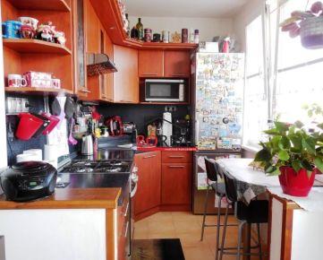 ** RK BOREAL ** Zariadený 2,5 izb. byt po rekonštrukcii, Silvánska ul., Karlova Ves - BA IV.