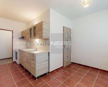 REZERVOVANÉ. Na predaj zrekonštruovaný 2 izbový byt v meste Veľký Krtíš