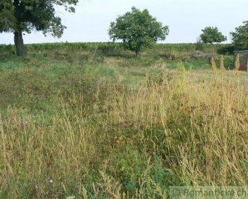 Dva stavebné pozemky s výhľadom vo Vinosadoch 3 km od Pezinka