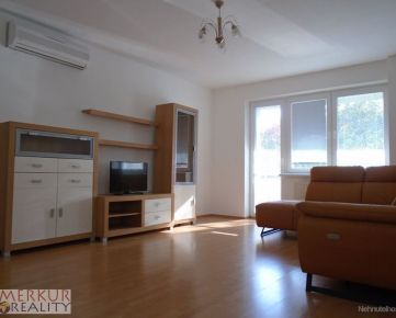 Prenajom velky 3.izbovy byt ,parkovanie -Karlova  Ves