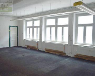Prevádzkové a kancelárske priestory v centre mesta, Prešov