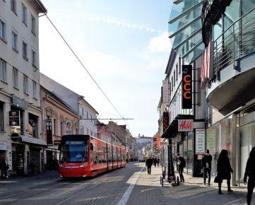 Prenájom - Atraktívne reštauračné  priestory  300m2 , 280m2,  500m2 na frekventovanej ulici  Staré mesto a  Dúbravka  BA I- BA IV . EXKLUZÍVNE! TOP PONUKA !