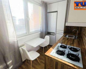 TUreality ponúka na predaj slnečný 3-izbový byt Ružomberok-Roveň, 56m2. CENA: 84 980,00 EUR